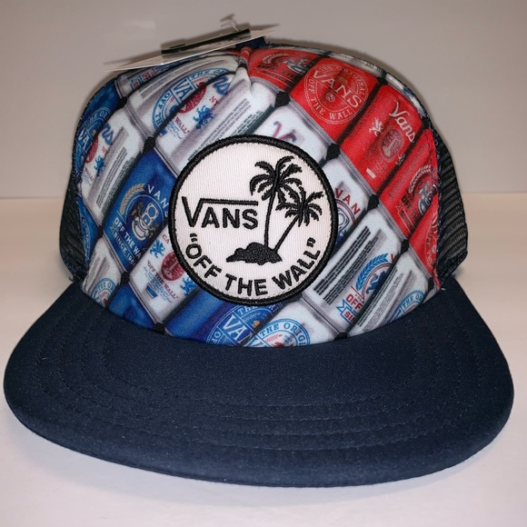 52421715a NWT Vans Cans Surf Patch Trucker Hat NWT